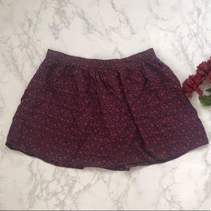 American Eagle burgundy floral flowy skirt l